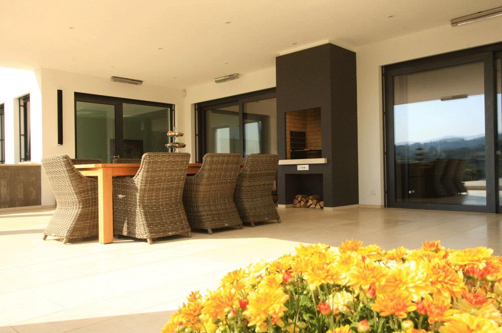fliesenlegerfachgesch ft klaus kornmeier gmbh meisterfachbetrieb in offenburg balkon terrasse. Black Bedroom Furniture Sets. Home Design Ideas